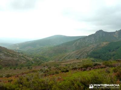 Ascenso al pico Ocejón [Serie Clásica]singles senderismo viajes culturales españa excursiones de